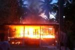 rumah-terbakar
