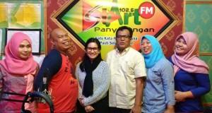 Ikke Nurjannah feat Tengku Edwin berkunjung ke Radio Start 102.6 Fm