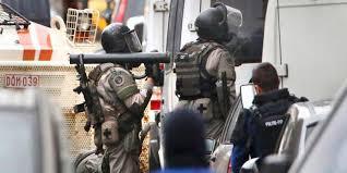 Polisi Perancis Bunuh 3 Tersangka Teroris di Pinggiran Kota Paris