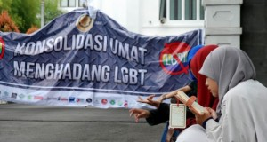 Ketua MPR: LGBT Harus Dipersempit, tapi Mesti Dilindungi