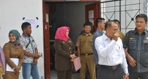 Komisi I DPRD Madina, Tinjau Pelaksanaan UN di Beberapa Sekolah