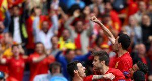 Spanyol Menang Berkat Gol Pique, Iniesta Jadi Pemain Terbaik