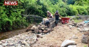 Melalui Dana Desa Membangun Desa Ditengah Keterisoliran