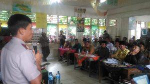Pertemuan tokoh dan Kepala Desa antara dua desa yang berselisih di jembatani oleh Polisi dan TNI serta Pemerintah Daerah
