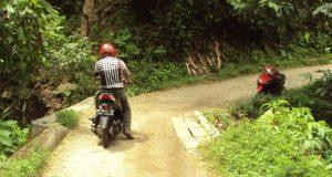 Warga 2 Desa Harapkan Perbaikan Jembatan dan Jalan