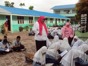 Kegiatan Gerakan Literisasi oleh SMPN 5 Panyabungan untuk pembentukan karakter siswa.