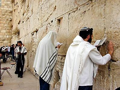 10 Tembok Bersejarah di Dunia