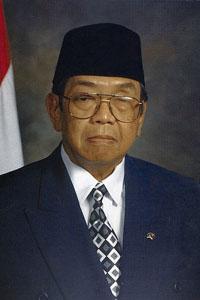K.H ABDURRAHMAN WAHID (GUS DUR)