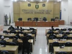 DPRD Madina Tutup Masa Persidangan I Tahun 2017