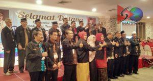Gubsu Hadiri  Pengukuhan Ikatan Alumni SMAN 1 Kotanopan
