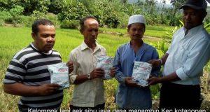 Dinas Pertanian Madina Berikan Penyuluhan dan Obat Gratis Kepada Petani di Manambin