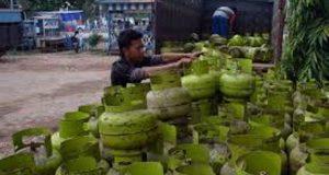 Warga Sinunukan Resah Harga LPG 3 Kg Capai Rp30.000/ Tabung