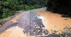 Pengguna Jalan Minta Pembangunan Jalur Jembatan Merah Lingga Bayu