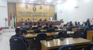 Menjelang Magrib Wakil Bupati Bacakan Nota Pengantar RAPBD T.A 2018
