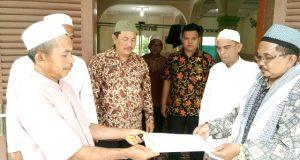 KUA Bukit Malintang Serahkan Piagam Registrasi Masjid