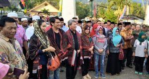Todung Mulia Lubis dan Marsekal Muda TNI Syahrul Efendi Lubis Kunjungi Tor Siojo