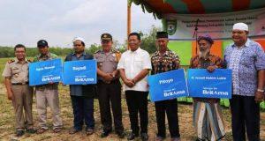 Bupati Serahkan Dana Ganti Rugi Lahan Pembangunan Bandar Udara Bukit Malintang