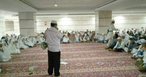 Jelang Wukuf,  Petugas Kloter 3/MES Tingkatkan Bimbingan Jemaah