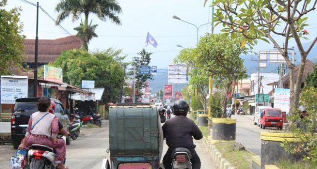 Suasana Jalan Raya Kota Panyabungan