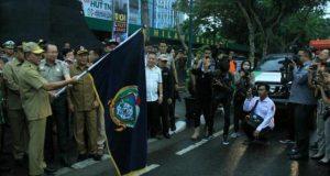 Gubernur Edy Lepas Pemberangkatan 2000 ton Bantuan Logistik Korban Bencana Alam Sulawesi Tengah