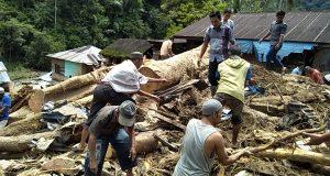 Pembersihan Sisa Banjir Bandang Mulai Dilakukan