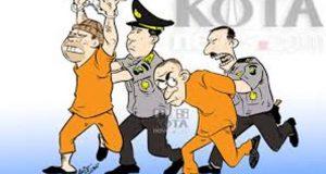Dua Anggota DPRD Tapteng Diburu Polisi
