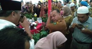 Wakil Bupati di Stand Pameran HUT Madina ke 20 ' Nikmati Cita Rasa Kopi Khas Mandaling