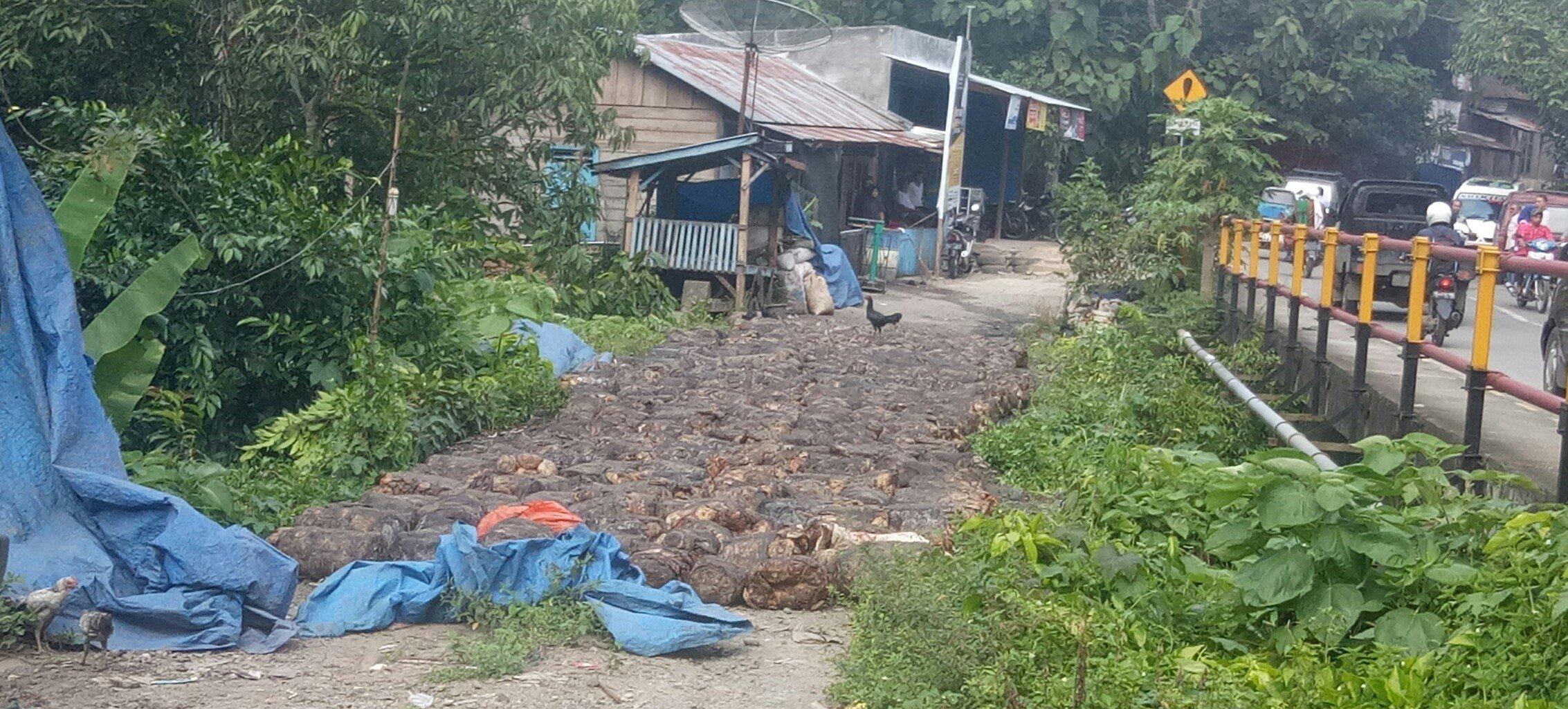 Foto : Harga getah karet alam di Panyabungan Selatan Madina Rp 9.000/kg