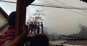 Dua Korban Kebakaran Rumah di Sipolupolu Dilarikan Kerumah Sakit