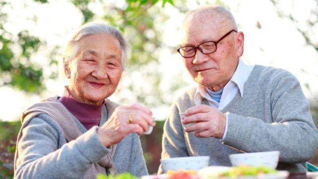 Mengenal Diet Okinawa yang Katanya Bisa Bikin Umurmu Panjang Hingga 100 Tahun