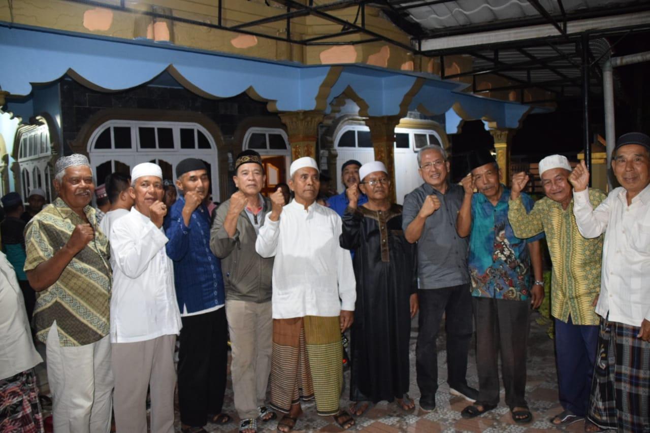 """""""Sofwat Yes, Sofwat Menang"""" Antusias Warga Banjar Sibaguri Sambut Calon Bupati"""