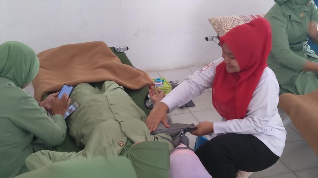 Aksi Donor Darah Warnai Peringatan HUT ke-74 PMI di Madina