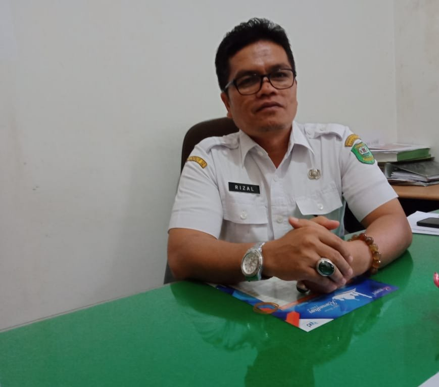 Pelantikan Pimpinan DPRD Madina Definitif Menunggu SK Gubernur Sumut