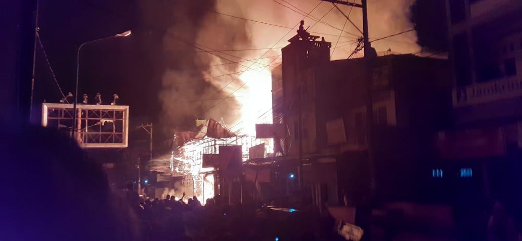 Kebakaran Landa Pasar Lama Panyabungan