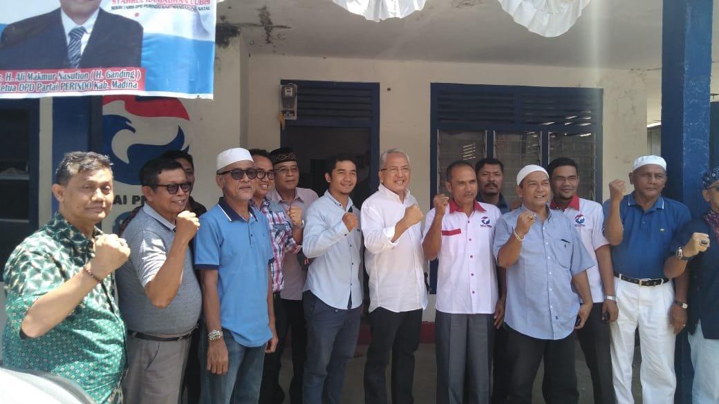Sofwat Nasution Mendaftar Balon Bupati Madina ke Partai Perindo