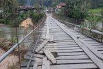 Nyaris Ambruk, Jembatan Gantung Penghubung 5 Desa di Kotanopan Butuh Perbaikan