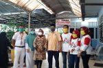 PK Golkar Panyabungan Bagikan Masker Produk Kampung Kaos Madina