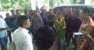 Tak Kunjung Dapat Bantuan, Penarik Betor Kembali Geruduk DPRD Madina