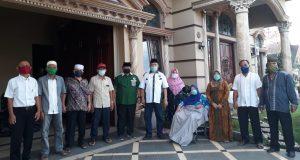 Peduli Warga Terdampak Covid-19, DPC PKB Kota Padangsidimpuan Bagikan Paket Sembako dan Masker