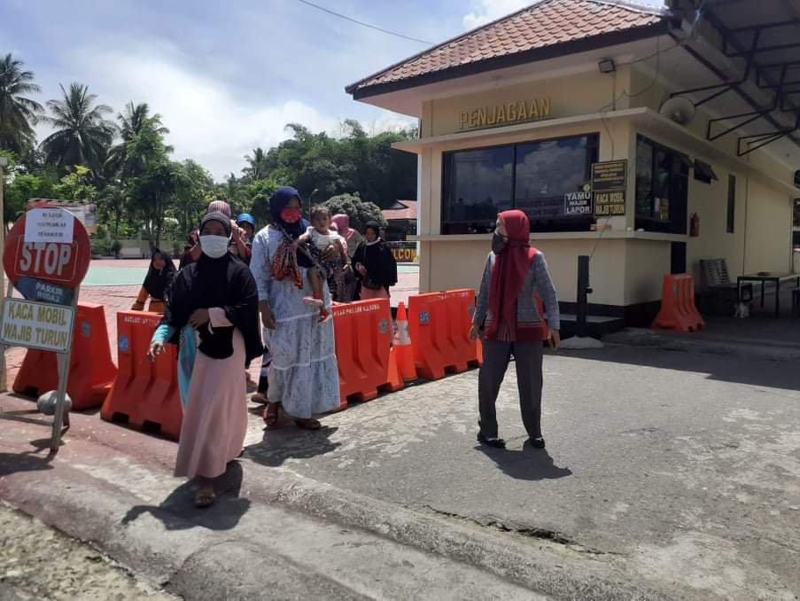 Kantor Pos Siabu Diduga Berperan dalam Pemotongan BST di Hutagodang Muda