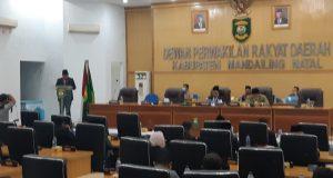 Rapat Paripurna DPRD LPPA TA 2019, Bupati Madina: Angka Kemiskinan Madina Turun