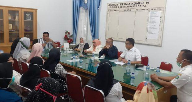 Kontrak Kerja Diputus, Tenaga Kesehatan RTK Datangi DPRD Madina