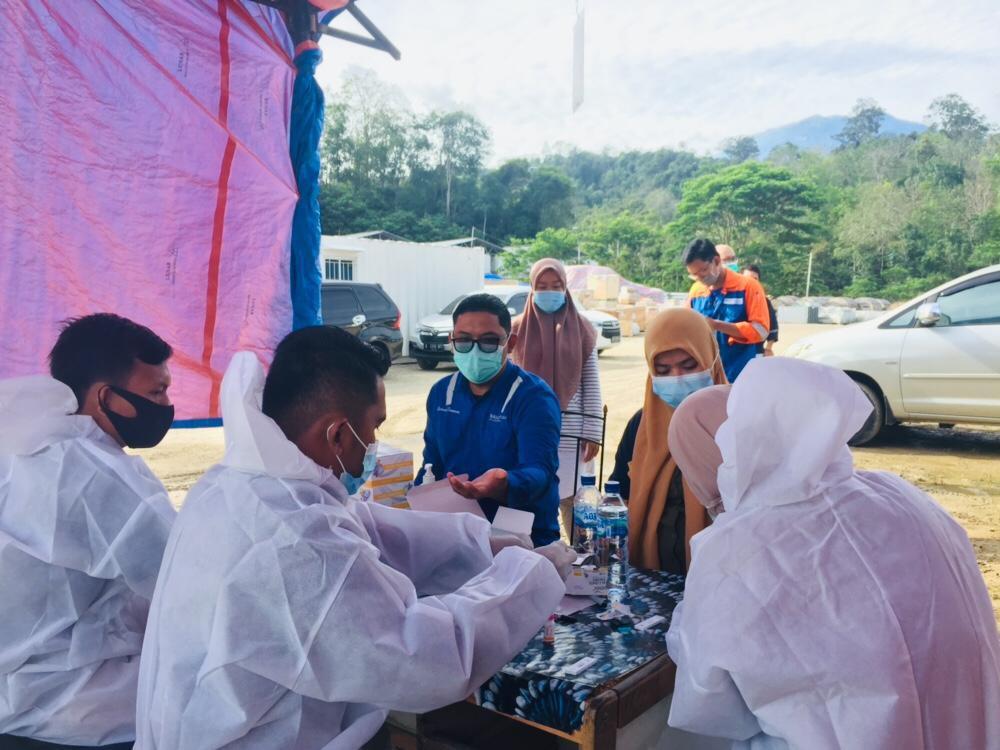 Vaksin Covid-19 Tahap Awal di Madina untuk Nakes