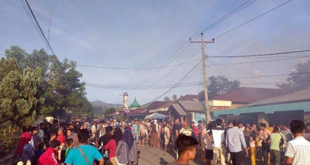 4 Rumah Warga di Banjar Pagur Dilalap Si Jago Merah