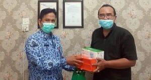 Petugas Kebersihan DLH Madina Mendapat Asupan Multivitamin dari BP Jamsostek