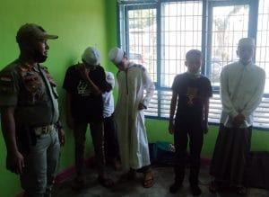Satpol PP Jaring 12 Pelajar SMP dan Santri Saat Asyik Main di Warnet