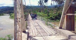 Pembangunan Jembatan Gantung Hutarimbaru Terkendala Pembebasan Lahan